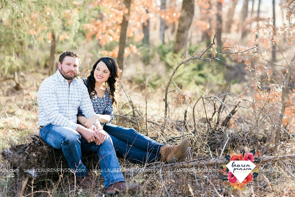 wichita-falls-texas-engagement-photographer-wedding-oklahoma-lawton-wichita-mountains-refuge-outdoors-mountains-engaged_2044.jpg