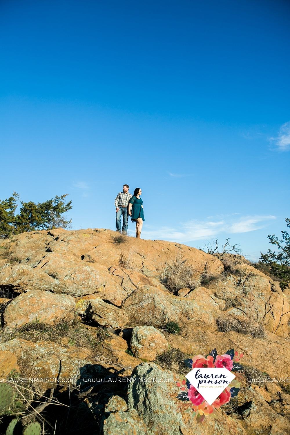 wichita-falls-texas-engagement-photographer-wedding-oklahoma-lawton-wichita-mountains-refuge-outdoors-mountains-engaged_2053.jpg