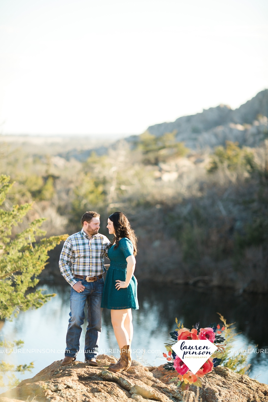 wichita-falls-texas-engagement-photographer-wedding-oklahoma-lawton-wichita-mountains-refuge-outdoors-mountains-engaged_2057.jpg