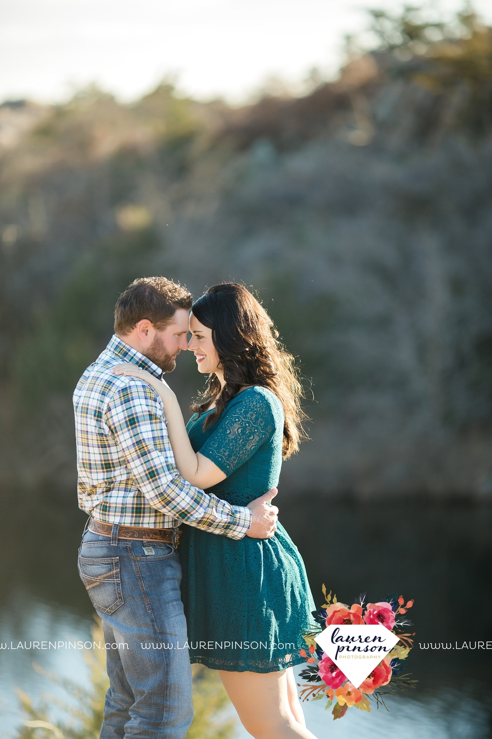 wichita-falls-texas-engagement-photographer-wedding-oklahoma-lawton-wichita-mountains-refuge-outdoors-mountains-engaged_2058.jpg