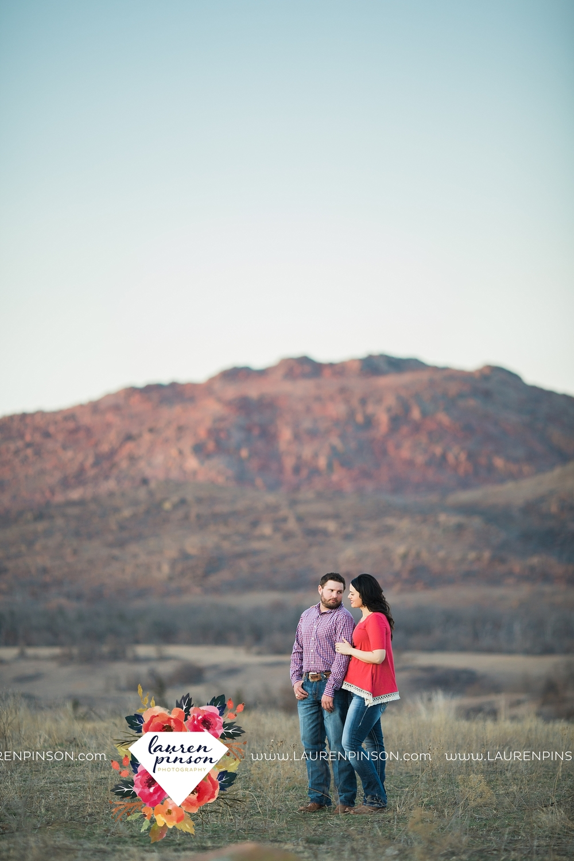 wichita-falls-texas-engagement-photographer-wedding-oklahoma-lawton-wichita-mountains-refuge-outdoors-mountains-engaged_2064.jpg