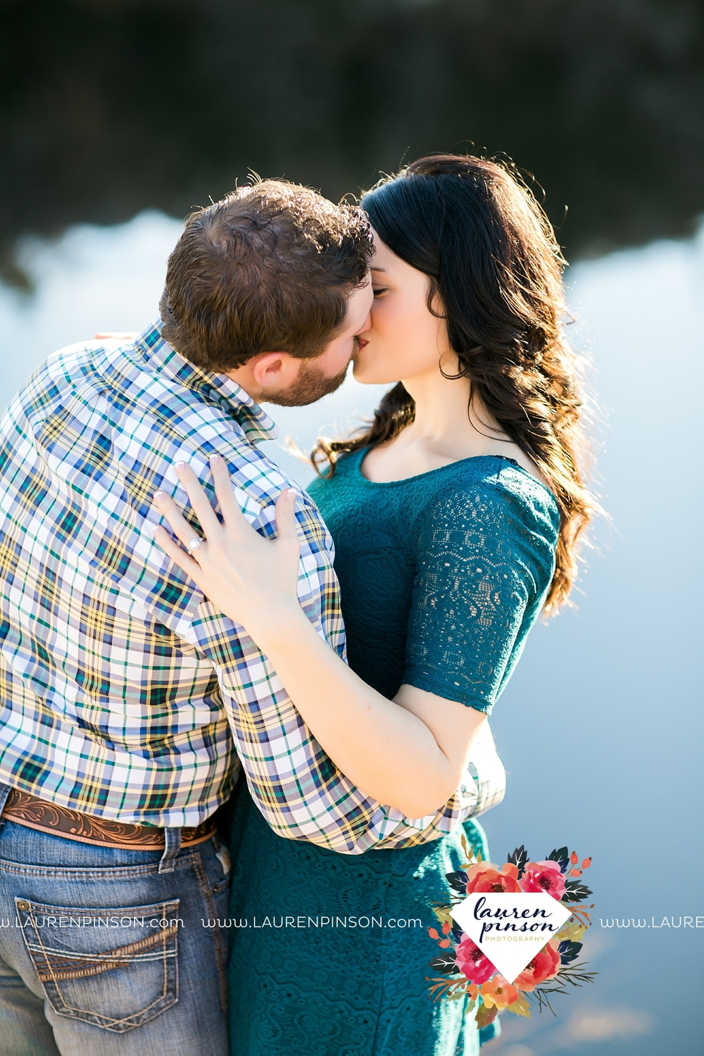 wichita-falls-texas-engagement-photographer-wedding-oklahoma-lawton-wichita-mountains-refuge-outdoors-mountains-engaged_2065.jpg