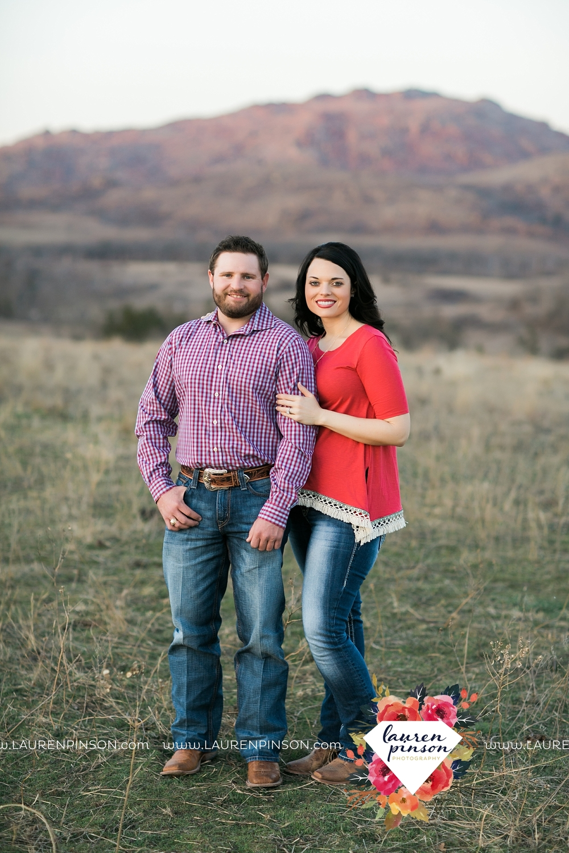 wichita-falls-texas-engagement-photographer-wedding-oklahoma-lawton-wichita-mountains-refuge-outdoors-mountains-engaged_2067.jpg