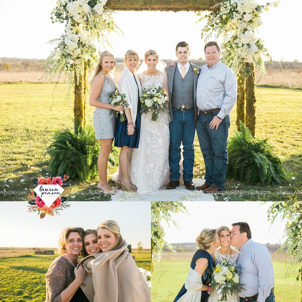 wichita-falls-texas-wedding-photographer-bowie-nocona-henrietta-country-barn-wedding_2188.jpg