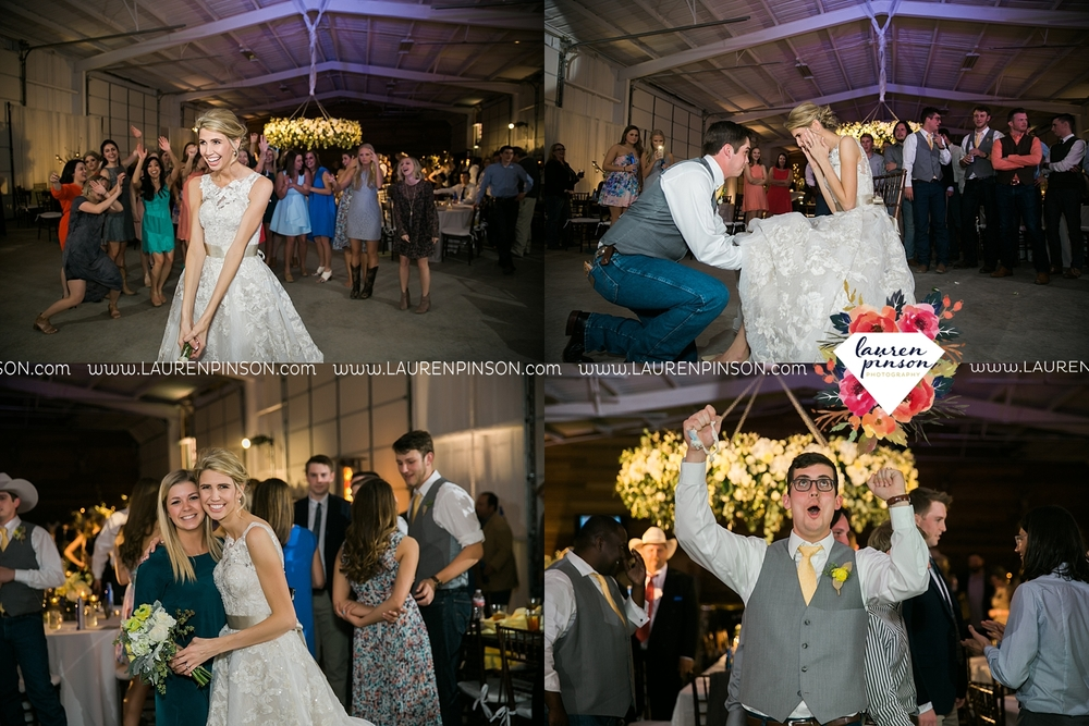 wichita-falls-texas-wedding-photographer-bowie-nocona-henrietta-country-barn-wedding_2208.jpg