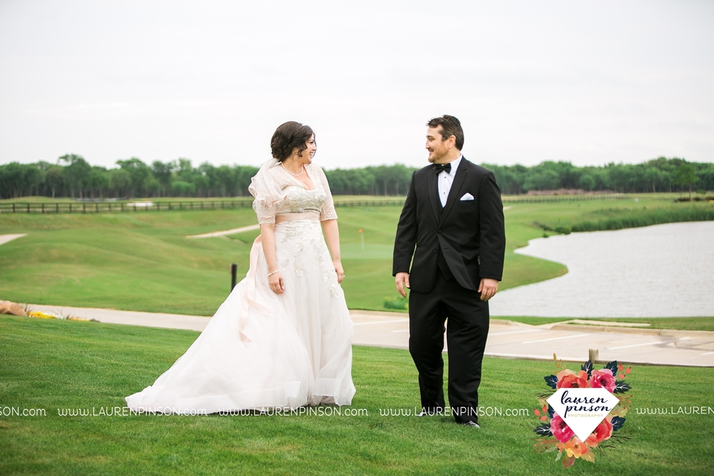 gainesville-texas-sherman-texas-thackerville-oklahoma-wedding-photographer-at-winstar-casino-golf-resort_2273.jpg
