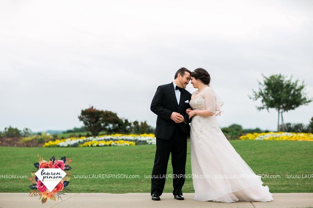 gainesville-texas-sherman-texas-thackerville-oklahoma-wedding-photographer-at-winstar-casino-golf-resort_2277.jpg