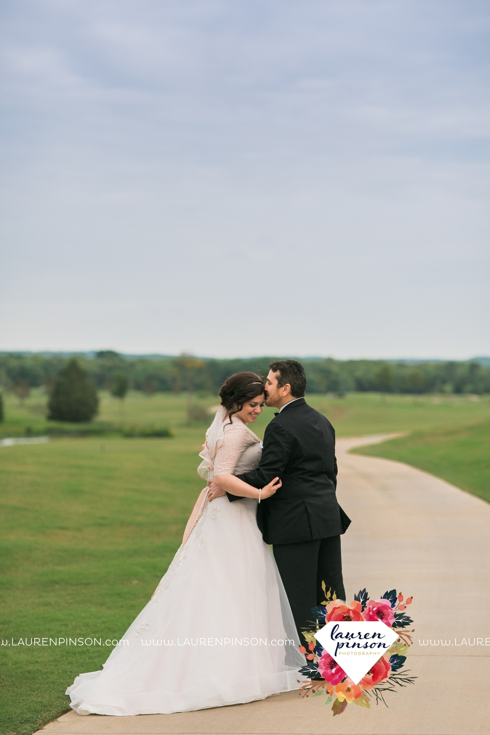 gainesville-texas-sherman-texas-thackerville-oklahoma-wedding-photographer-at-winstar-casino-golf-resort_2280.jpg