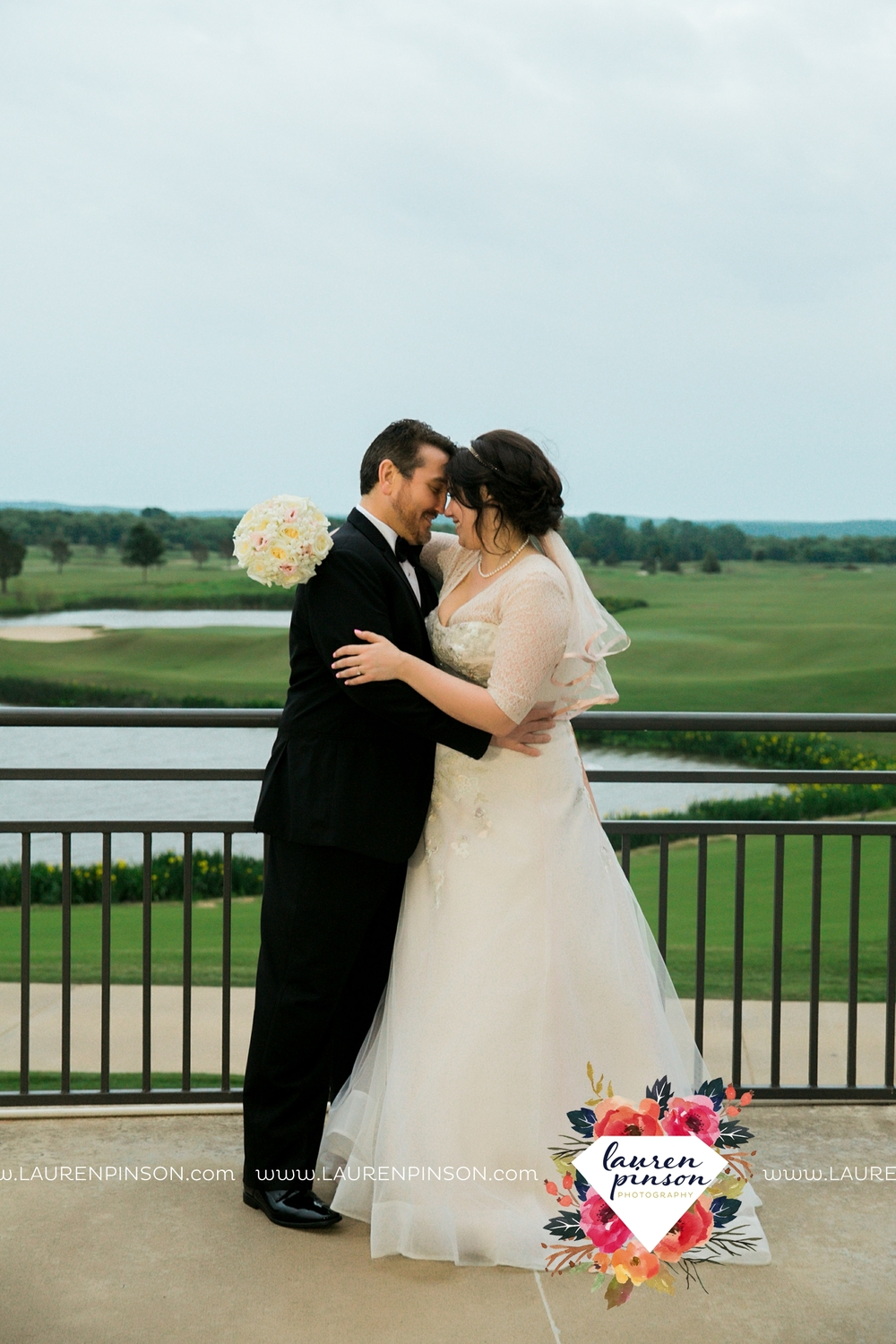 gainesville-texas-sherman-texas-thackerville-oklahoma-wedding-photographer-at-winstar-casino-golf-resort_2291.jpg