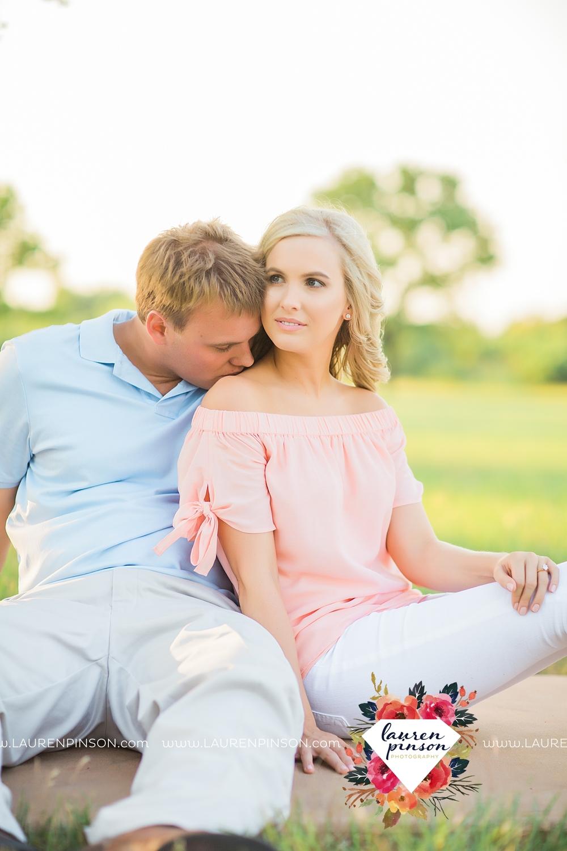 wichita-falls-texas-wedding-photographer-beachy-engagement-session-at-lake-wichita_2896.jpg
