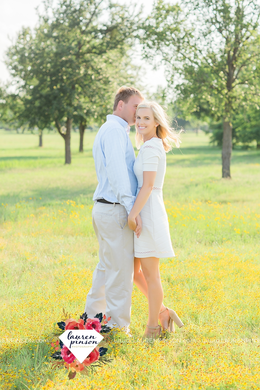 wichita-falls-texas-wedding-photographer-beachy-engagement-session-at-lake-wichita_2914.jpg