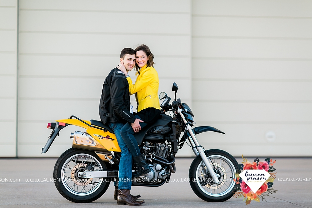 wichita-falls-texas-wedding-photographer-engagment-session-SheppardAFB-motorcycle_3077.jpg