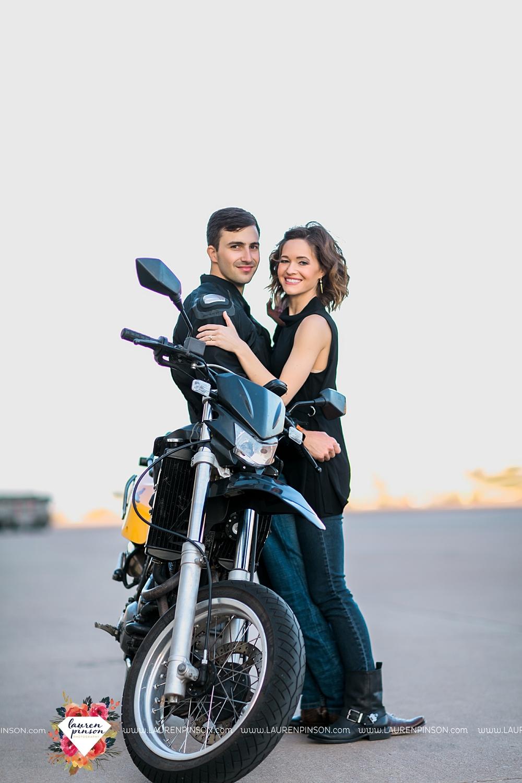 wichita-falls-texas-wedding-photographer-engagment-session-SheppardAFB-motorcycle_3086.jpg