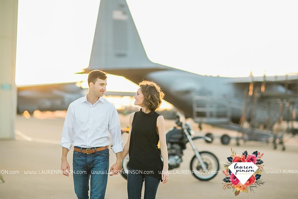 wichita-falls-texas-wedding-photographer-engagment-session-SheppardAFB-motorcycle_3092.jpg