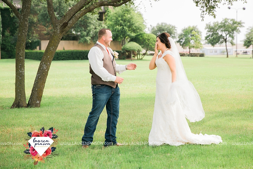 wichita-falls-texas-wedding-photographer-wellington-on-the-lake-with-mayfield-events_2945.jpg