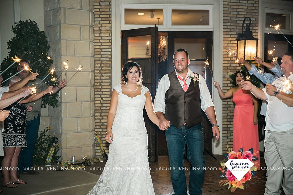 wichita-falls-texas-wedding-photographer-wellington-on-the-lake-with-mayfield-events_2993.jpg