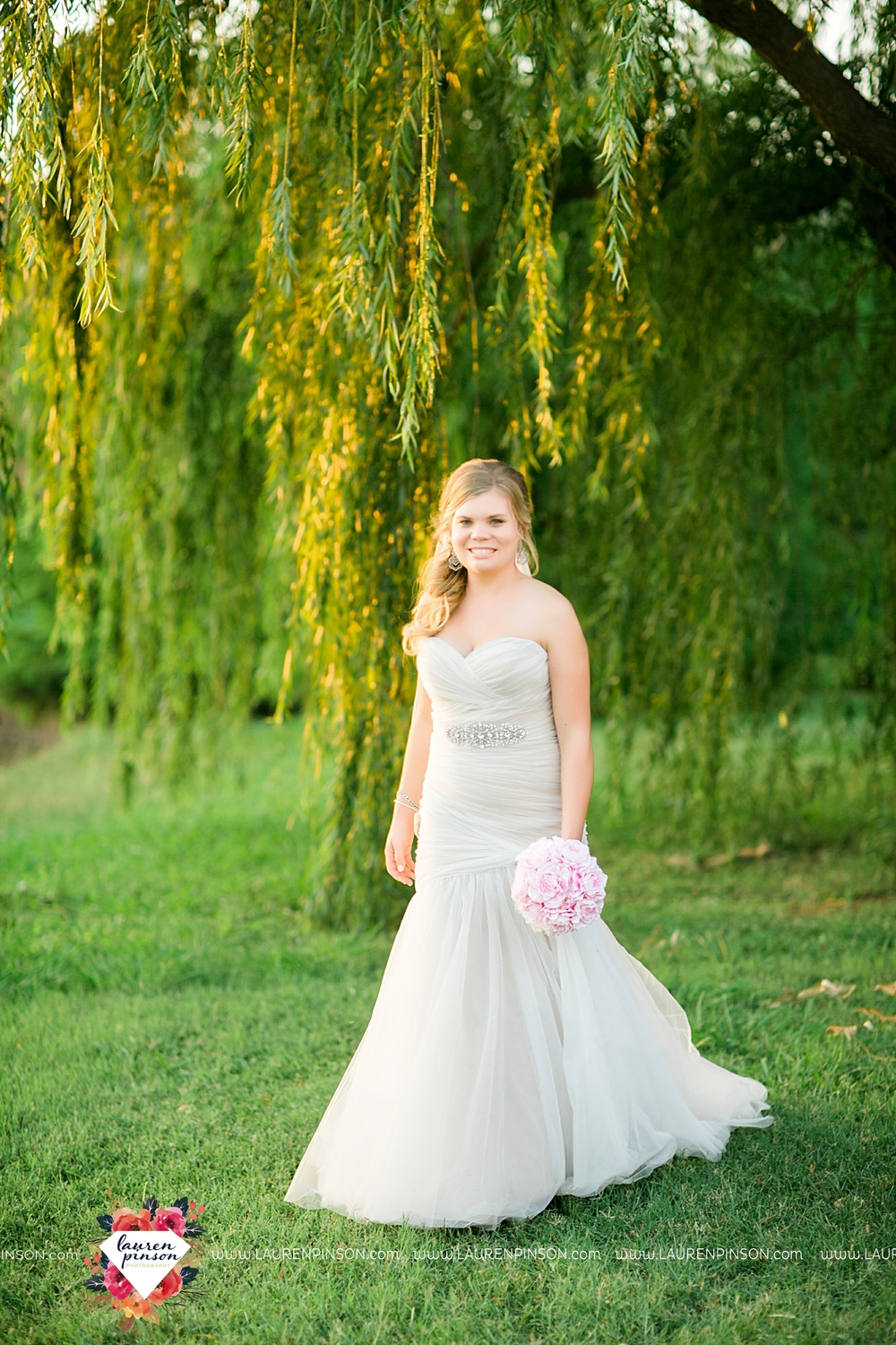 wichita-falls-texas-wedding-photographer-jackie-bridal-session_3121.jpg