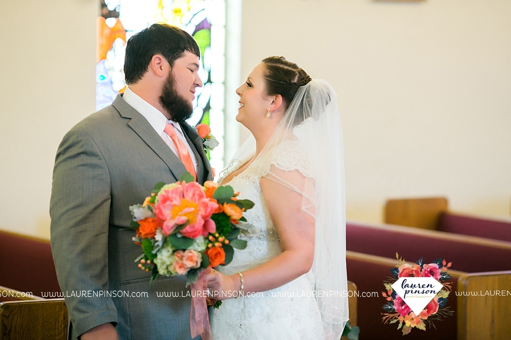 wichita-falls-texas-wedding-photography-seymour-st-marys-catholic-church-wedding-texas-photographer-00019.jpg