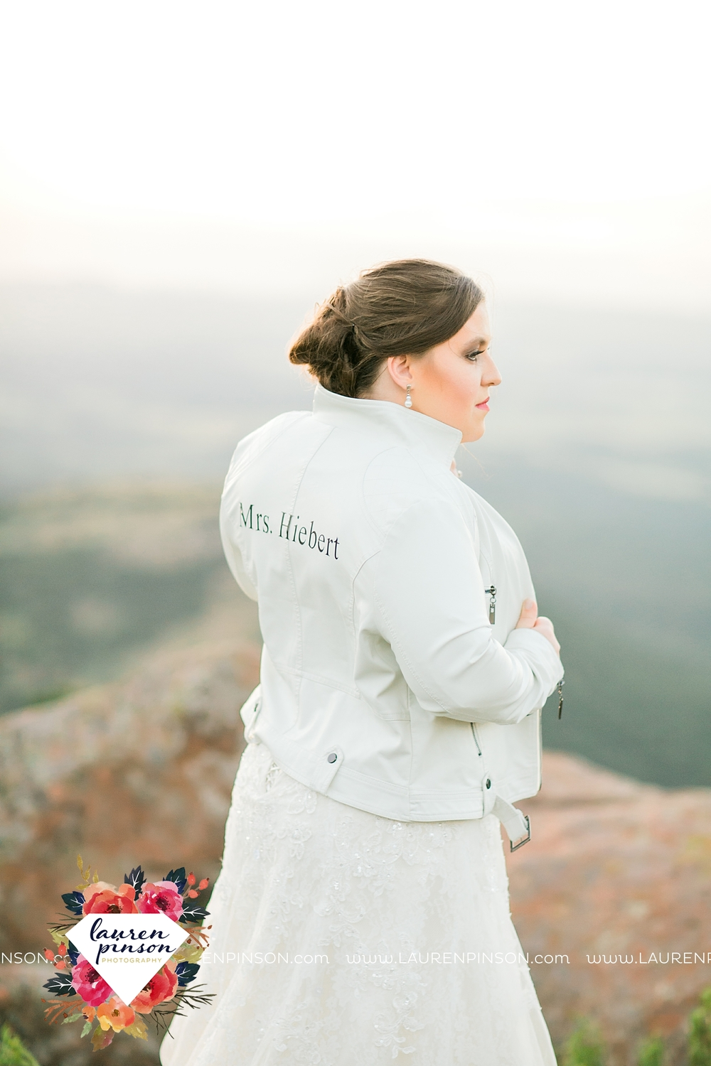 wichita-falls-texas-walters-lawton-oklahoma-wedding-photographer-wichita-mountains-bridal-portraits_3172.jpg