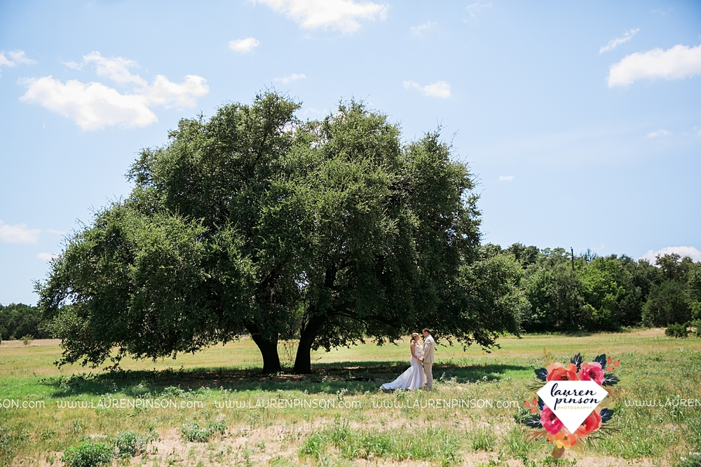 weatherford-texas-hollow-hill-farm-event-wedding-mineral-wells-dfw-wedding-photographer-wichita-falls-photography_3140.jpg