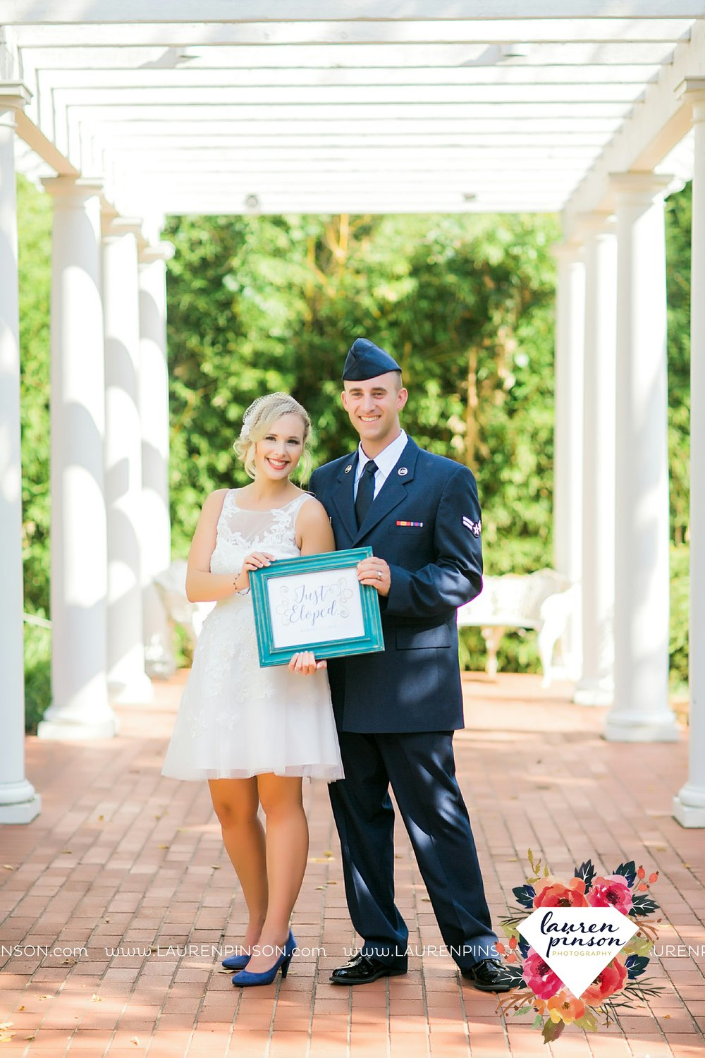 sheppard-afb-wichita-falls-texas-elopement-courthouse-wedding-photographer-justice-of-the-peace-judge-little-ceremony_3285.jpg