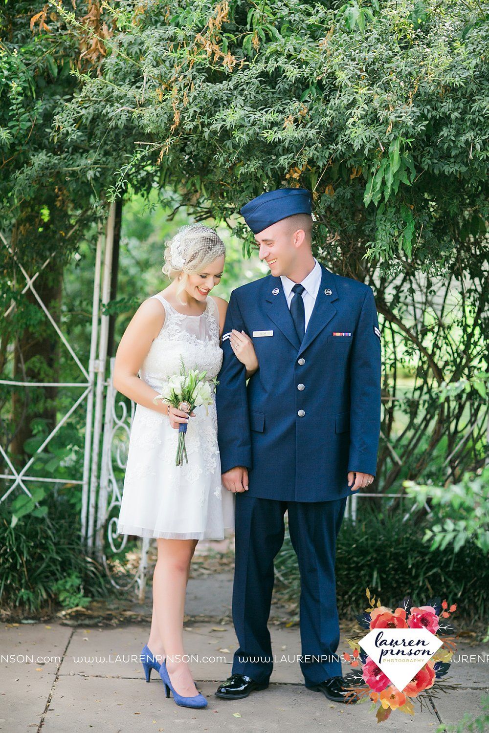 sheppard-afb-wichita-falls-texas-elopement-courthouse-wedding-photographer-justice-of-the-peace-judge-little-ceremony_3284.jpg