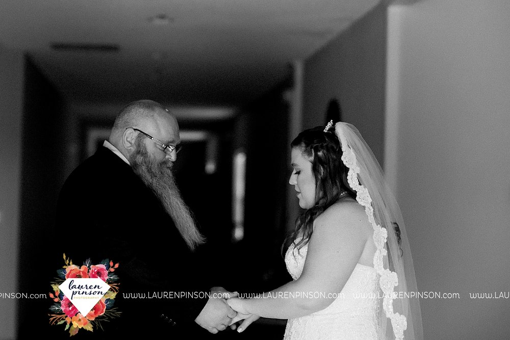 walters-oklahoma-wedding-wichita-falls-photographer_3304.jpg
