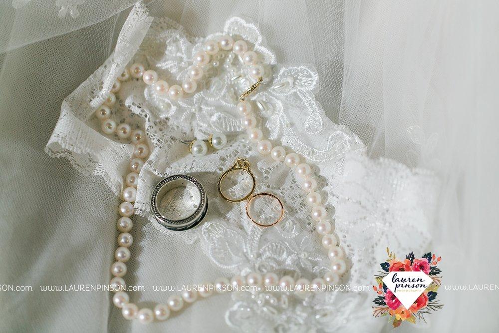 austin-texas-barn-wedding-at-brodie-homestead-wichita-falls-tx-wedding-photographer-dfw-00001.jpg