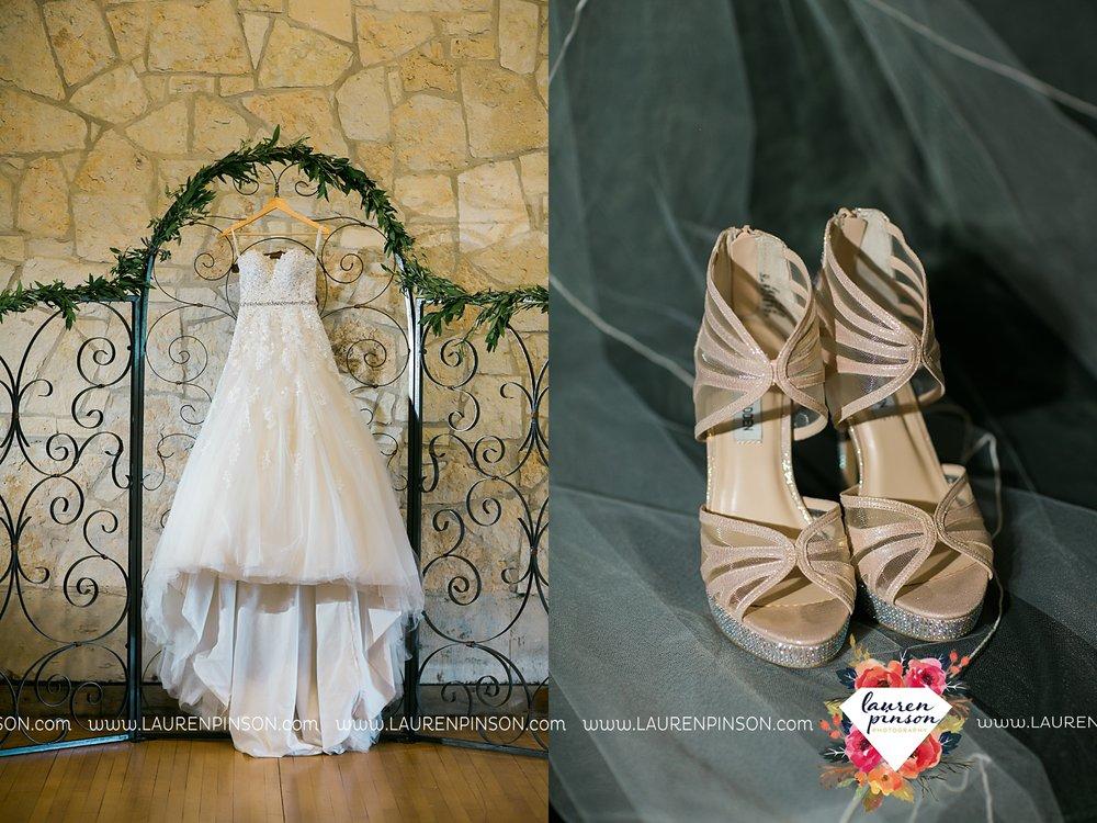 austin-texas-barn-wedding-at-brodie-homestead-wichita-falls-tx-wedding-photographer-dfw-00002.jpg