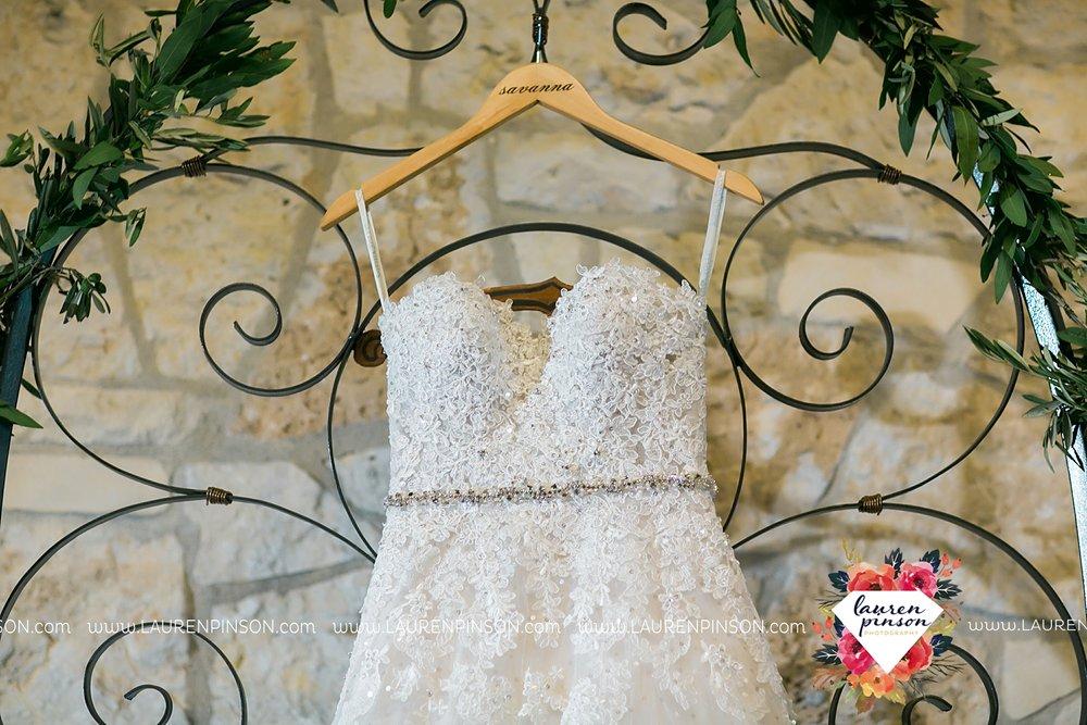 austin-texas-barn-wedding-at-brodie-homestead-wichita-falls-tx-wedding-photographer-dfw-00003.jpg