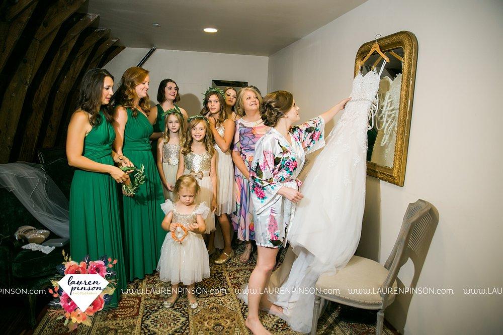 austin-texas-barn-wedding-at-brodie-homestead-wichita-falls-tx-wedding-photographer-dfw-00011.jpg