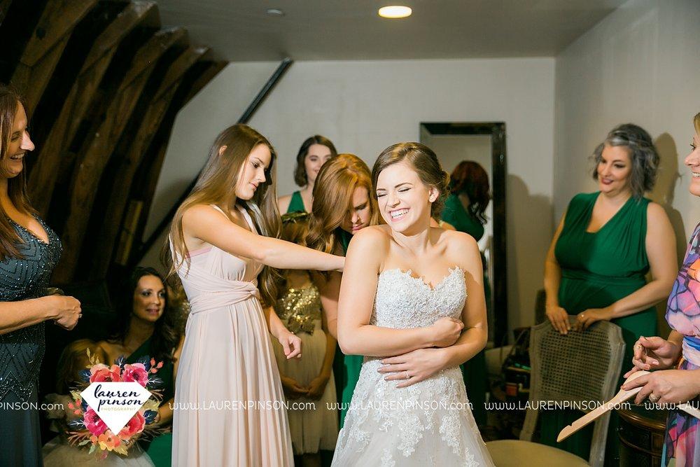 austin-texas-barn-wedding-at-brodie-homestead-wichita-falls-tx-wedding-photographer-dfw-00012.jpg