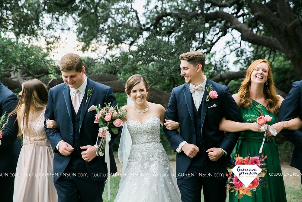 austin-texas-barn-wedding-at-brodie-homestead-wichita-falls-tx-wedding-photographer-dfw-00046.jpg