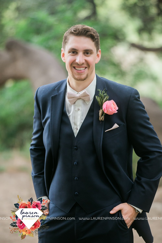 austin-texas-barn-wedding-at-brodie-homestead-wichita-falls-tx-wedding-photographer-dfw-00048.jpg