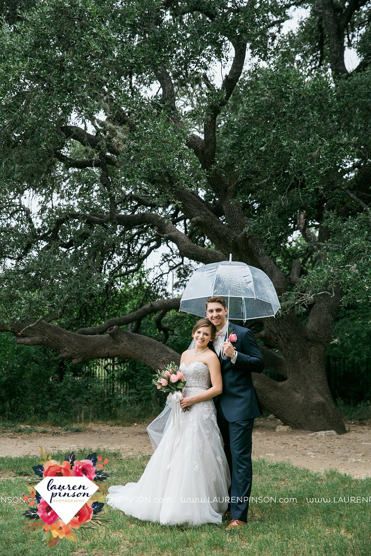 austin-texas-barn-wedding-at-brodie-homestead-wichita-falls-tx-wedding-photographer-dfw-00049.jpg