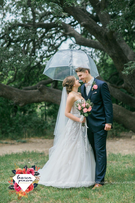 austin-texas-barn-wedding-at-brodie-homestead-wichita-falls-tx-wedding-photographer-dfw-00050.jpg