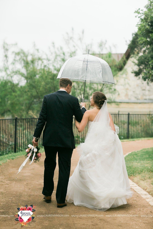 austin-texas-barn-wedding-at-brodie-homestead-wichita-falls-tx-wedding-photographer-dfw-00053.jpg