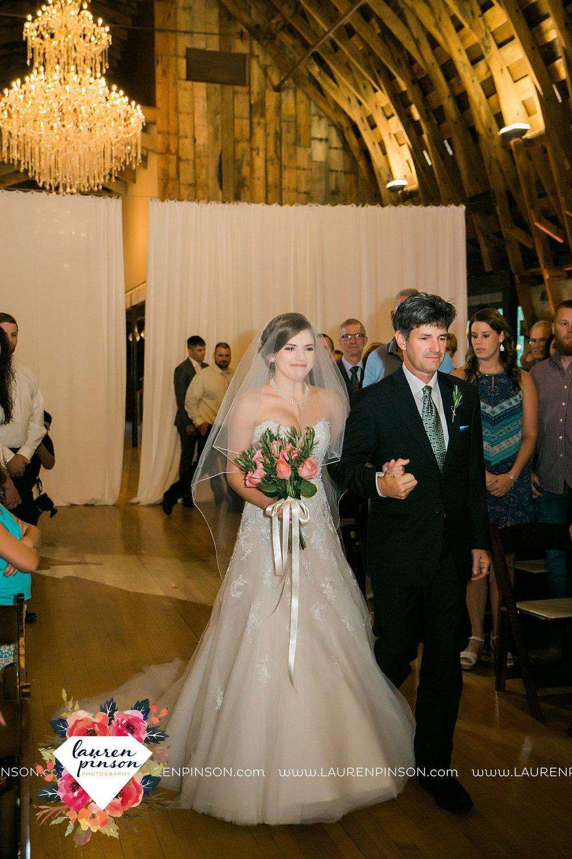 austin-texas-barn-wedding-at-brodie-homestead-wichita-falls-tx-wedding-photographer-dfw-00054.jpg