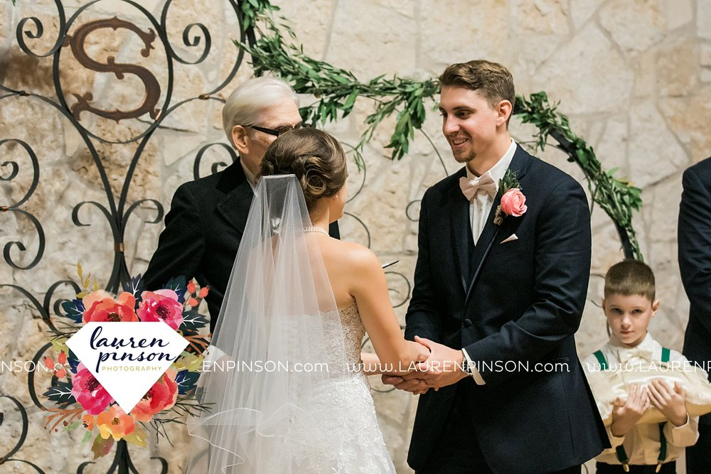 austin-texas-barn-wedding-at-brodie-homestead-wichita-falls-tx-wedding-photographer-dfw-00058.jpg
