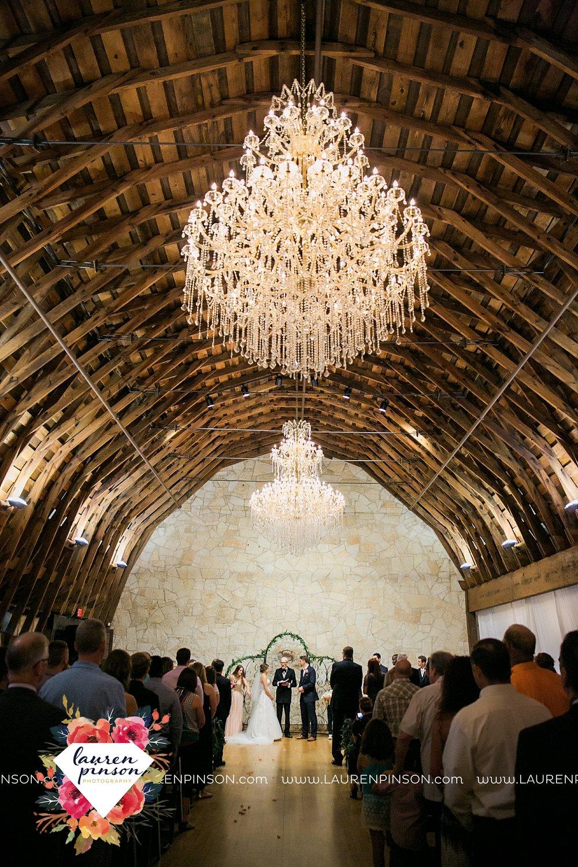 austin-texas-barn-wedding-at-brodie-homestead-wichita-falls-tx-wedding-photographer-dfw-00057.jpg