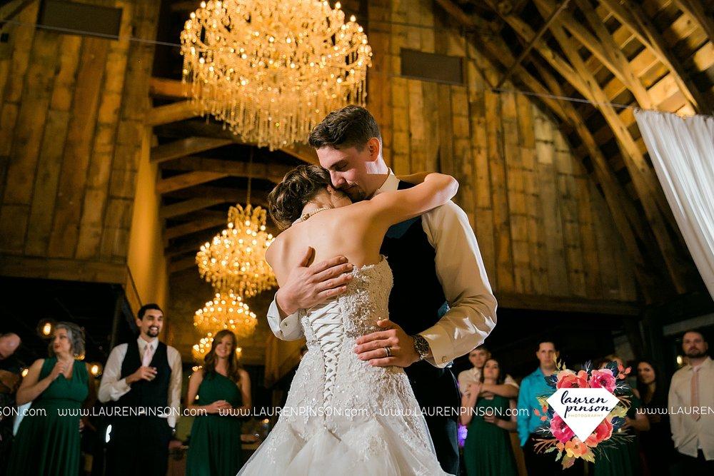 austin-texas-barn-wedding-at-brodie-homestead-wichita-falls-tx-wedding-photographer-dfw-00069.jpg