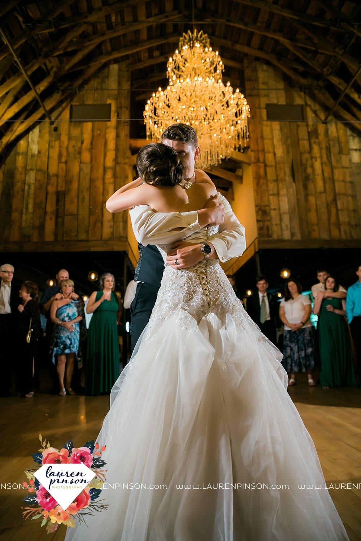 austin-texas-barn-wedding-at-brodie-homestead-wichita-falls-tx-wedding-photographer-dfw-00071.jpg