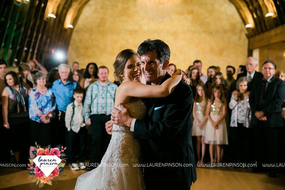 austin-texas-barn-wedding-at-brodie-homestead-wichita-falls-tx-wedding-photographer-dfw-00074.jpg