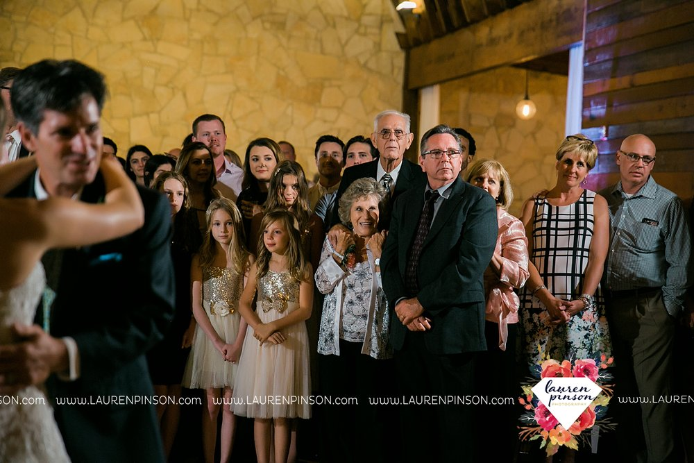 austin-texas-barn-wedding-at-brodie-homestead-wichita-falls-tx-wedding-photographer-dfw-00075.jpg