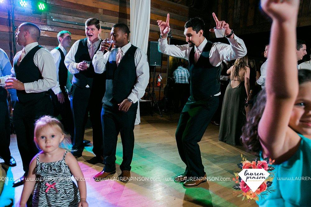 austin-texas-barn-wedding-at-brodie-homestead-wichita-falls-tx-wedding-photographer-dfw-00082.jpg