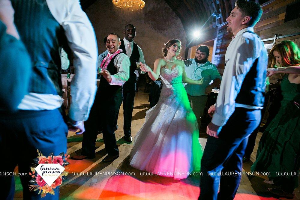 austin-texas-barn-wedding-at-brodie-homestead-wichita-falls-tx-wedding-photographer-dfw-00087.jpg