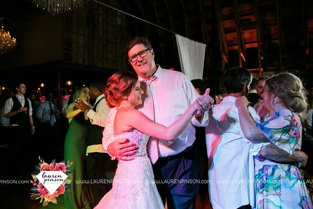austin-texas-barn-wedding-at-brodie-homestead-wichita-falls-tx-wedding-photographer-dfw-00095.jpg