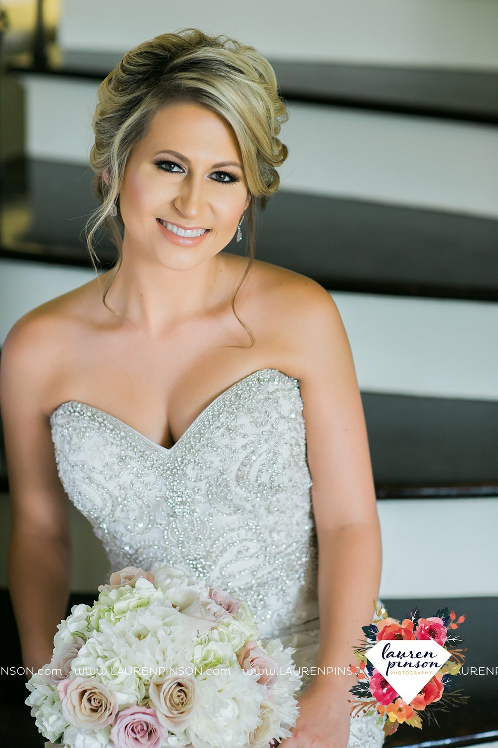 wichita-falls-bridals-nocona-texas-commanche-rose-bridal-session-photographer_3456.jpg