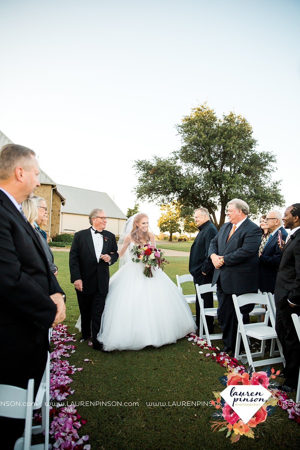 denton-lantana-dfw-texas-wedding-at-lantana-golf-club-country-wedding-by-cocofleur-events-wichita-falls-wedding-photographer_3594.jpg