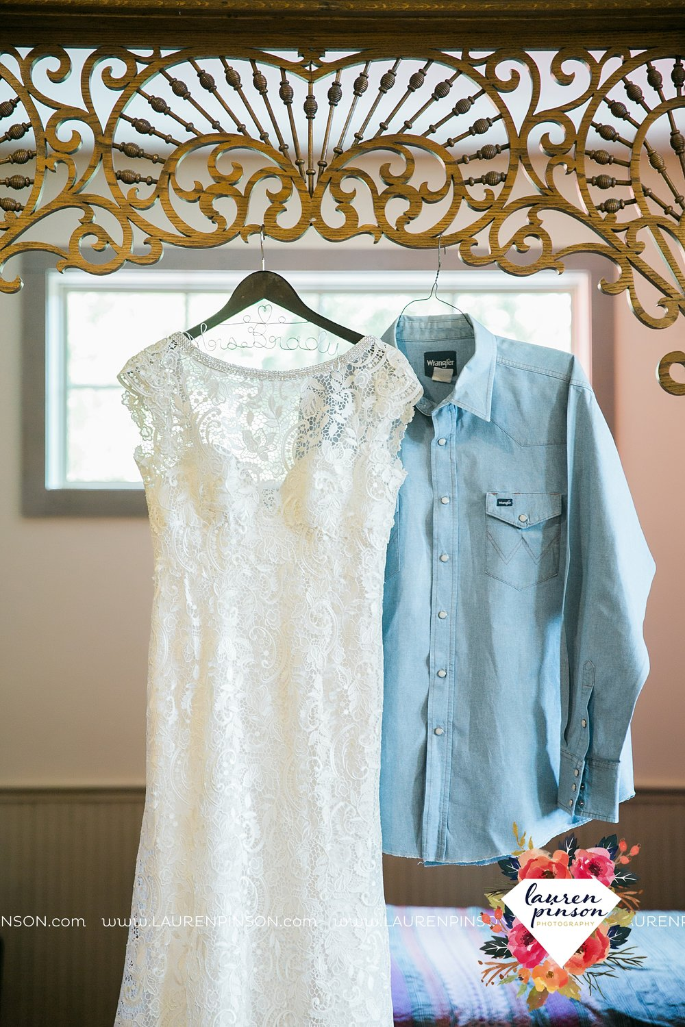 springtown-texas-wedding-at-oak-knoll-ranch-dfw-and-wichita-falls-wedding-photography-lauren-pinson_3508.jpg